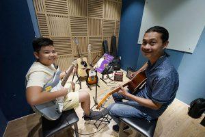 học đàn guitar tại nơi có giáo viên giỏi