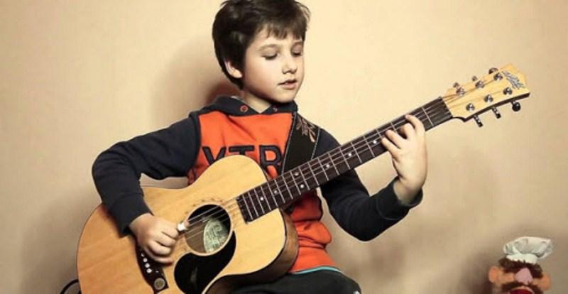 Bài học đầu tiên cho người học đàn guitar 2