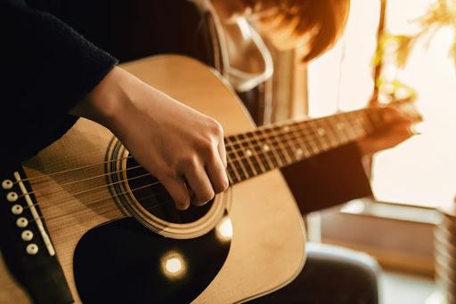 Tự học chơi guitar hay gặp phải những vấn đề gì? 2